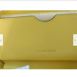 MICHAEL Michael Kors Bags - Michael Kors leather smartphone wristlet wallet